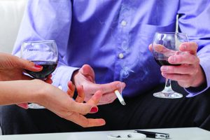 Dental filling failure linked to smoking, drinking and genetics