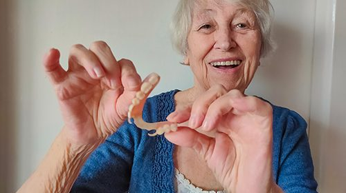 Tooth loss associated with increased cognitive impairment, dementia
