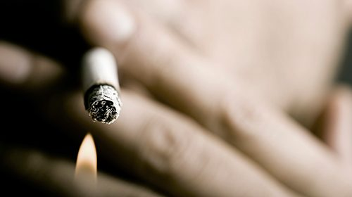 Smokers at higher risk of losing their teeth