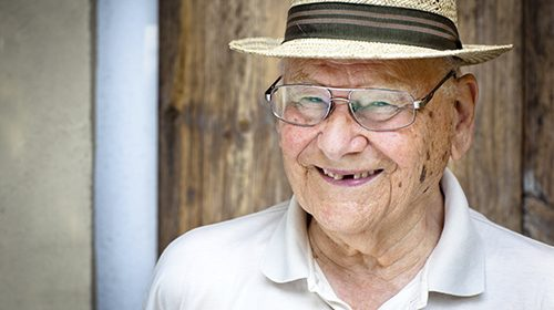 Coronary heart disease patients with no teeth have nearly double risk of death